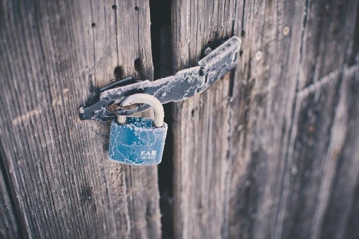 lukon ja oven avaus