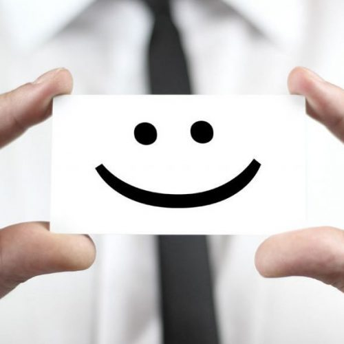 asiakastyytyväisyys onnellisuus